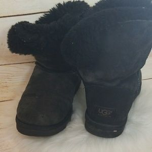 UGG furry 1 button fold over boots size 8